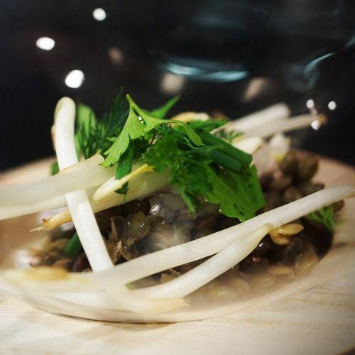 Salade de lentilles vertes, soja, échalotes, savora