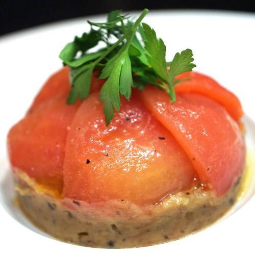 Pulpe d'aubergines grillées et confites, tomates tapées à l'huile vierge